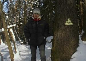 Рандеву с незнакомкой: Запретная зона, девушка в лесу